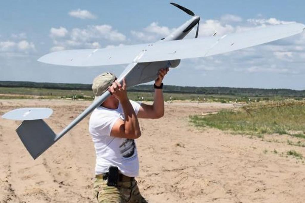 Украинские военные приняли навооружение польский беспилотник Fly Eye