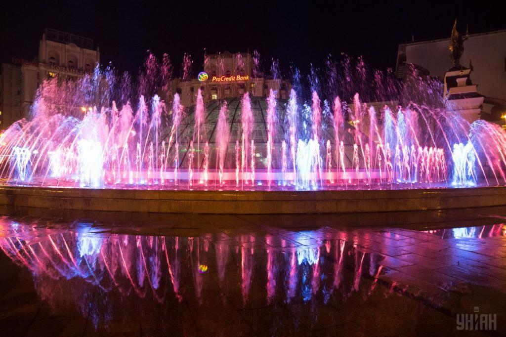 Сегодня в Киеве открывается сезон'поющих фонтанов
