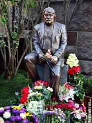 В Киеве открыли памятник выдающемуся украинскому композитору Николаю Мозговому