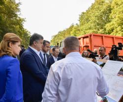 Реконструкцию автомобильных дорог в Винницкой области проинспектировал Президент