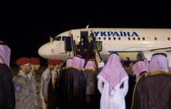 Президент Украины прибыл с официальным визитом в Саудовскую Аравию