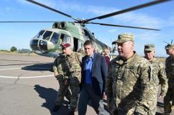 Госсекретарь по вопросам обороны Великобритании Гевин Уильямсон посетил Донбасс