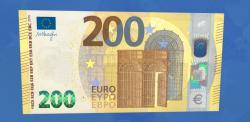 Европейский центральный банк представил новые банкноты номиналом в 100 и 200 евро
