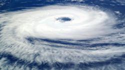 """На восточное побережье США надвигается ураган """"Флоренс"""""""