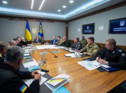 Президент поручил обеспечить в полном объеме финансирование программы защиты складов хранения боеприпасов