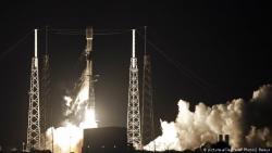 SpaceX отправила на орбиту первые спутники для проекта Starlink