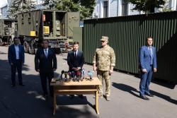 Зеленский: приоритетной задачей для Украины является прекращение огня и войны на Донбассе