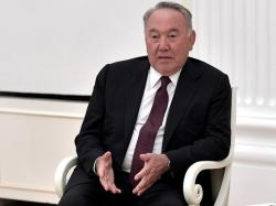 Назарбаев предложил Зеленскому и Путину встретиться в Казахстане