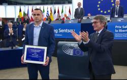 Сенцову официально вручили премию Сахарова