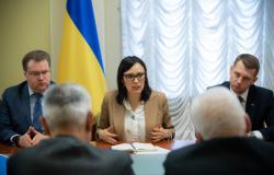 """В ходе реформы """"Укрзализныци"""" интересы коллектива обязательно будут учтены - Ковалив"""