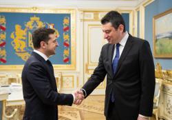 Президент Украины провел встречу с премьер-министром Грузии