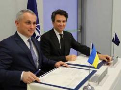 Украина и НАТО подписали дорожную карту по оборонно- техническому сотрудничеству