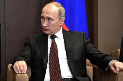 """Запуск """"Северного потока-2"""" не помеха транзиту российского газа через Украину - Путин"""