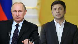 """В Кремле прокомментировали разговор Путина с Зеленским во время встречи лидеров """"нормандской четверки"""""""