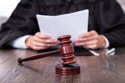 Кабмин одобрил законопроекты о суде присяжных
