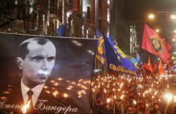 В Киеве прошло факельное шествие в честь Степана Бандеры
