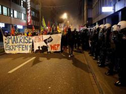 В Цюрихе произошли столкновения противников Давосского форума с полицией