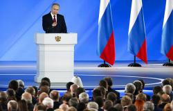 Путин предложил реформировать систему власти в России
