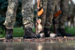 Оккупанты 12 раз обстреляли бойцов на Донбассе - штаб