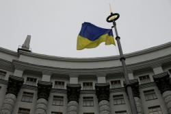 Кабмин уволил трех заместителей министров