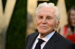 Скончался легендарный голливудский актер Кирк Дуглас