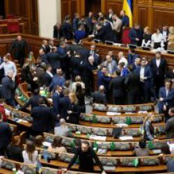 Снизить платежки удалось благодаря слаженной работе правительства, президента и депутатов - Гончарук