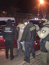 В Киеве разоблачили крупнейшую в Украине сеть интернет-торговли наркотиками