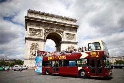 Гостуризма посоветовало украинцам перебронировать зарубежные туры, а туроператорам - не продавать новые