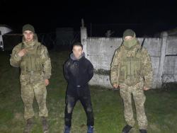 Пограничники задержали мужчину за контрабанду медицинских масок в Румынию