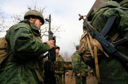 Вражеские войска на Донбассе обстреляли защитников Зайцево - Минобороны