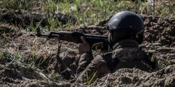 Обострение на Донбассе: вблизи Широкино ранены трое украинских бойцов