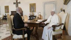 Папа Римский провел встречу с премьером Украины